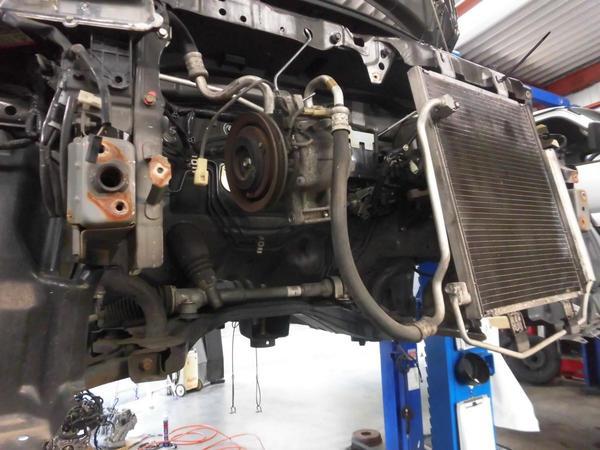 オーバーヒート後のエンジン積換え作業